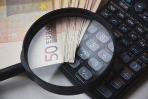 rechner-lupe-bargeld